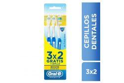 Oral B Cepillo Dental Antibacterial Suave